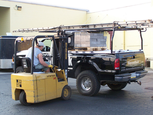What To Do When Your Forklift Mast Won't Move | Tynan Equipment Co