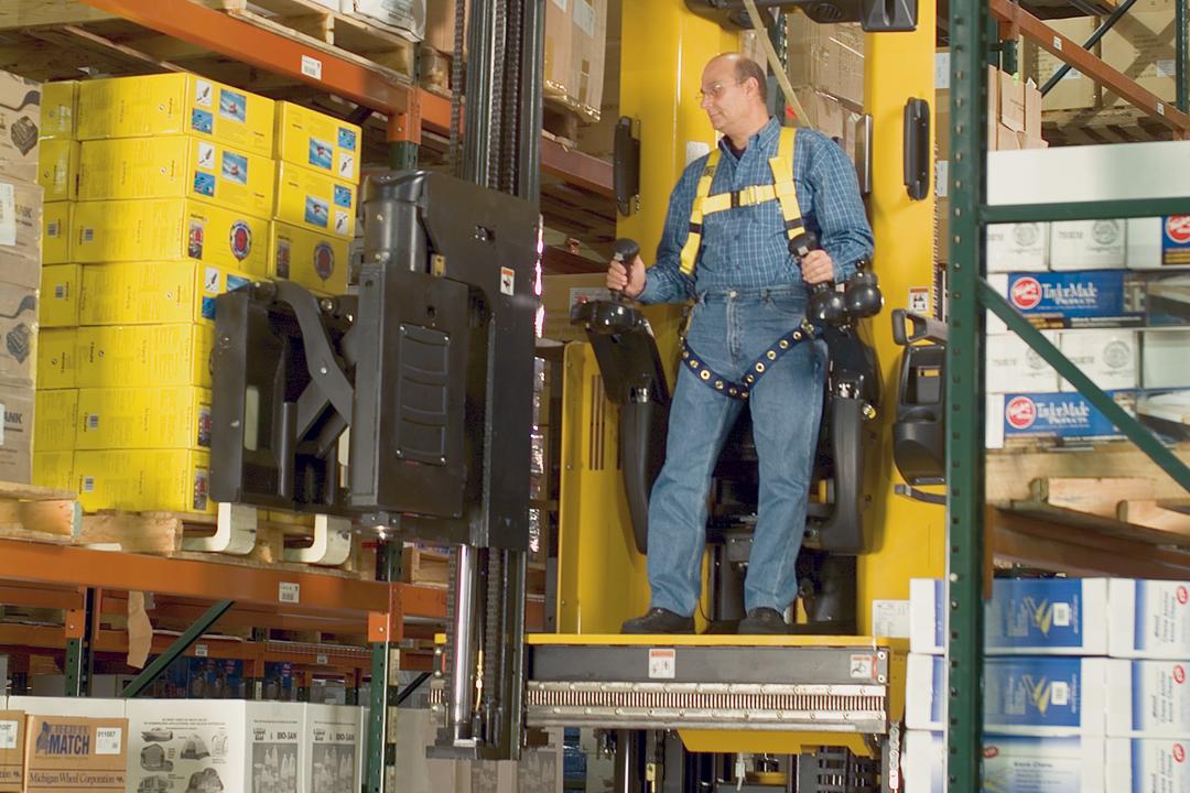 Tynan Equipment | Reach Trucks by Yale